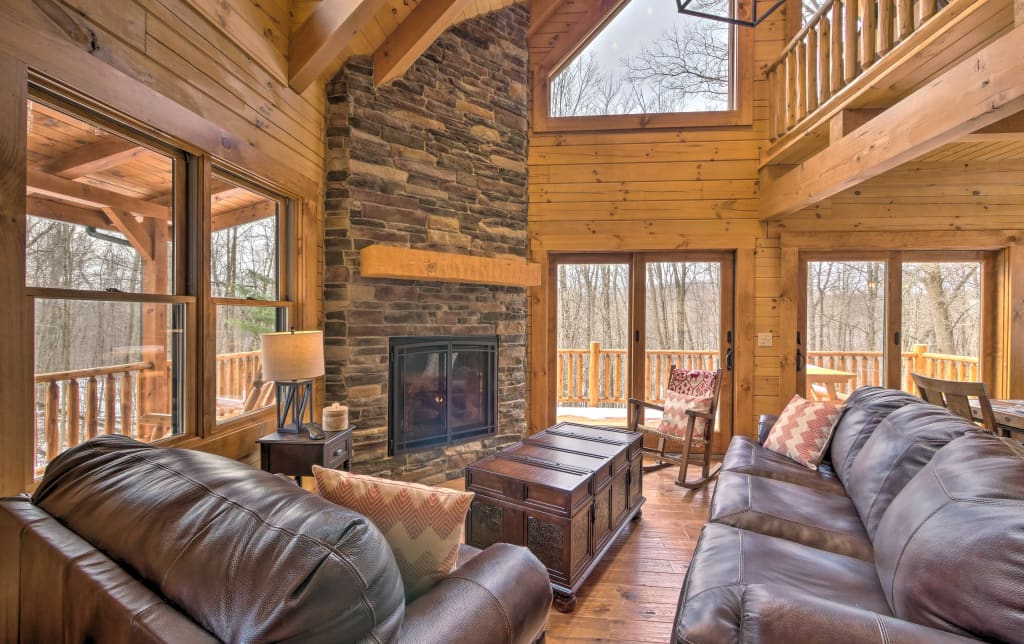 New Family Friendly Warsaw Cabin W Furnished Deck