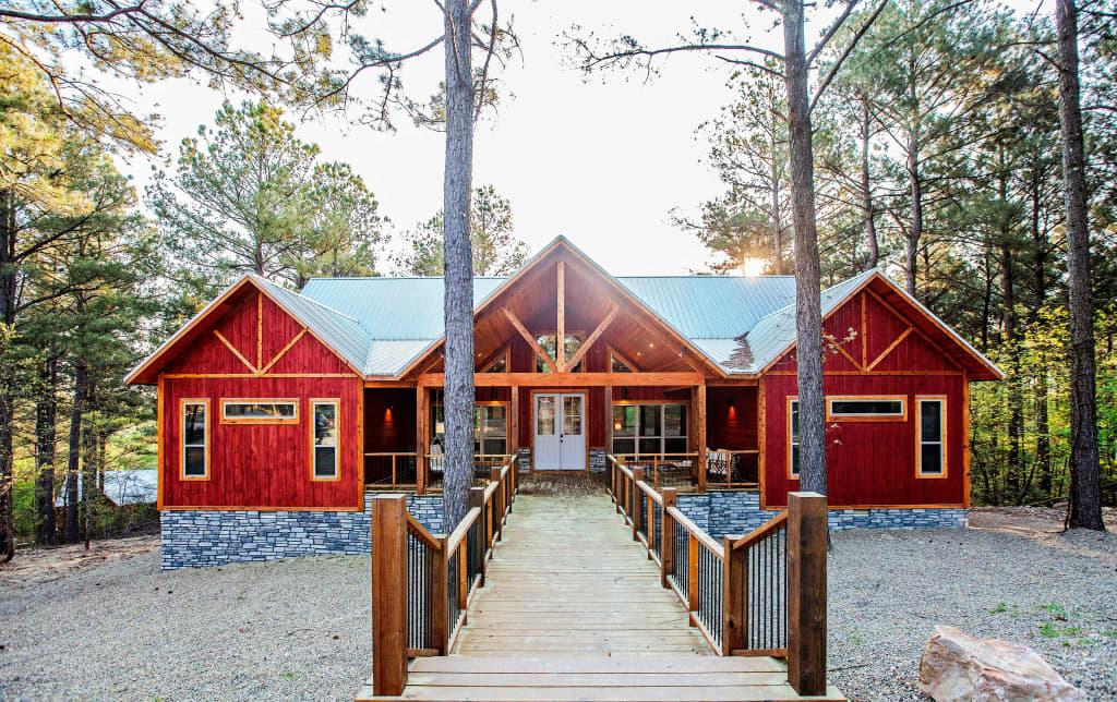 New Modern Luxury Cabin 10 Mins To Broken Bow Lake