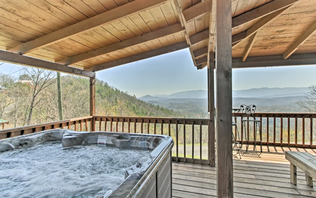 New Rustic Sevierville Cabin W Hot Tub Fire Pit