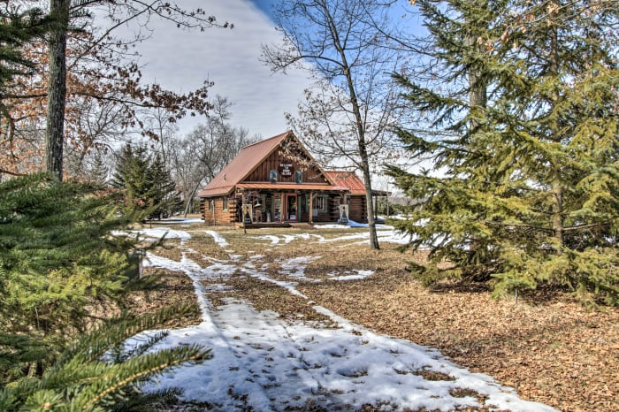 Evolve Vacation Rental Learn about wisconsin dells using the expedia travel guide resource! evolve vacation rental