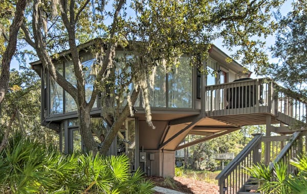 Unique, modern treehouse vacation rental home in Hilton Head Island, SC