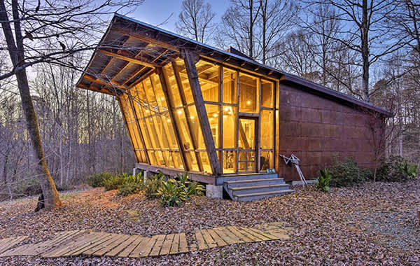 Cabin with large windows in Saxapahaw, NC