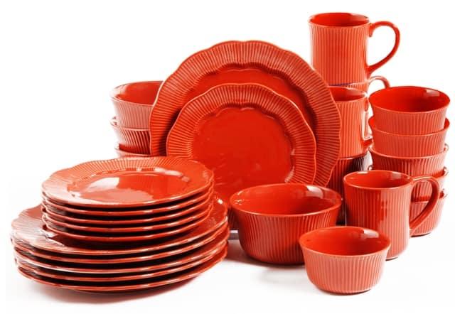 matching dishware glassware set