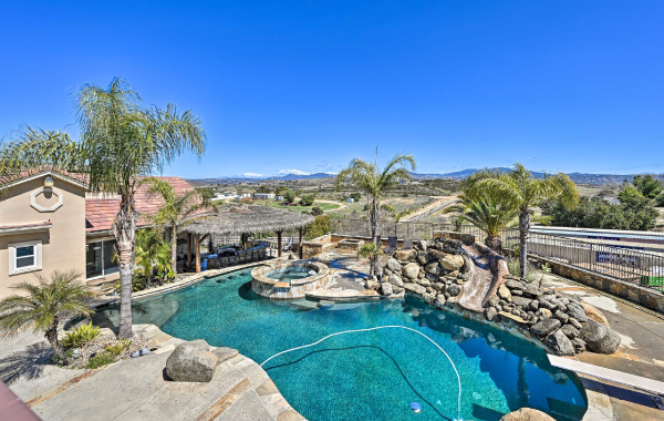Private pool that overlooks wine country from a luxury Temucula, California vacation rental
