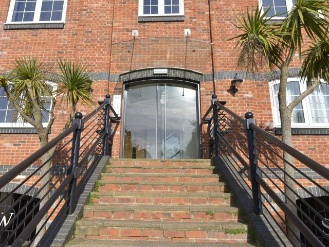 harbourside apartment exclusively eastbourne holiday homes