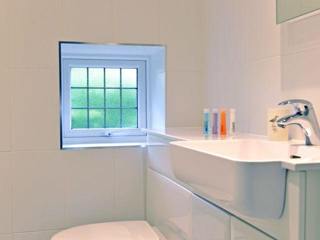 Bathroom of Coachman's Cottage