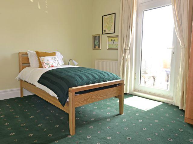 Single bedroom 1st floor