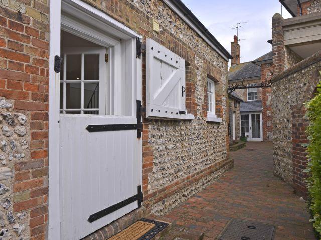 Vine Cottage exterior