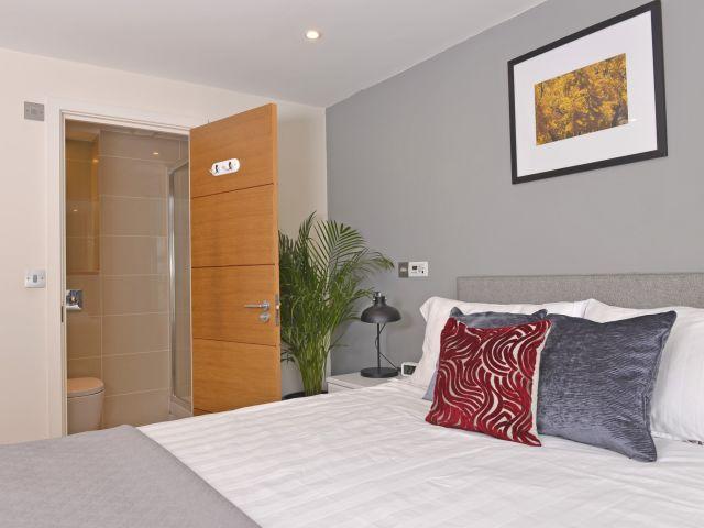 Ensuite to master bedroom