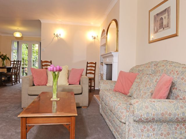 Lounge of Meads holiday cottage