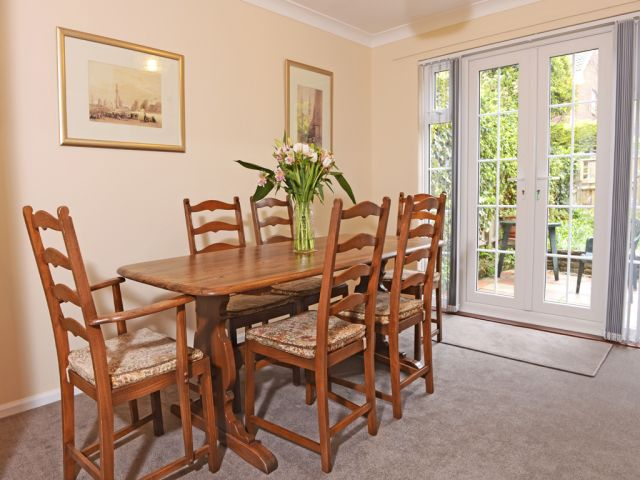 Dining area of this Meads holiday cottage