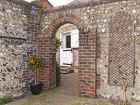 Through the archway to Vine Cottage thumbnail