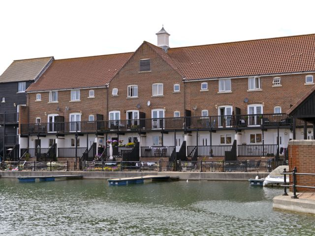 waterside breaks exterior