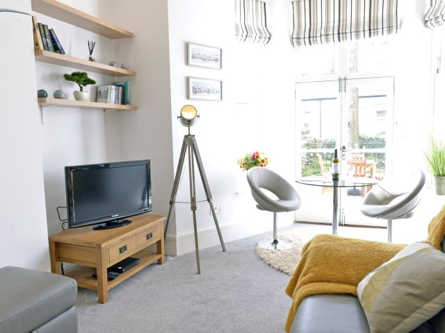 Living area of 1-bedroom Gresham House