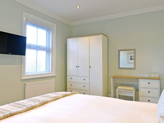 eastbourne holiday cottage Master bedroom of St Mary's Cottage
