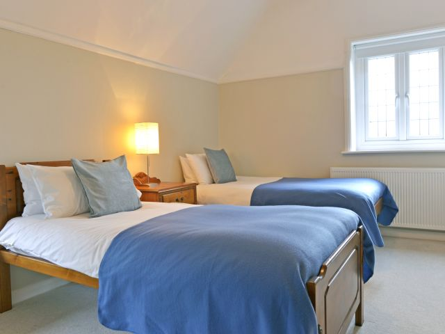 Twin bedroom of holiday cottage