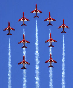 Red arrows performing at Eastbourne Airbourne