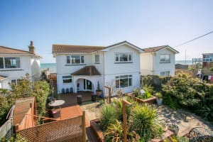 Dog friendly holiday homes in Eastbourne