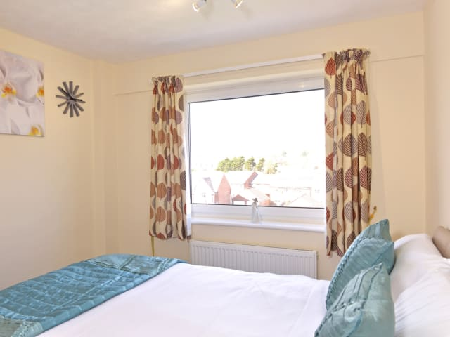 Double bedroom of Sea Sunrise