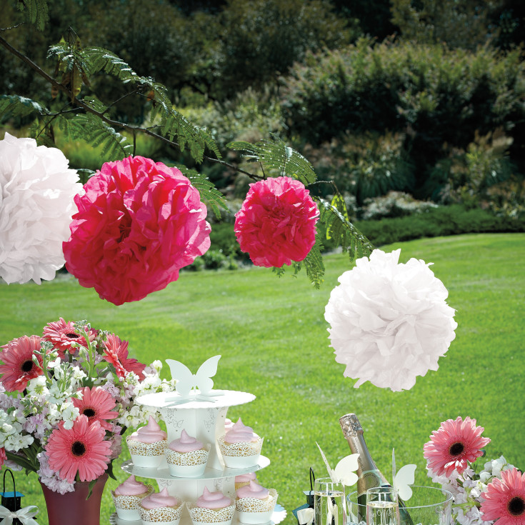 tissue paper wedding decorations exclusively weddings diy tissue paper poms 8017