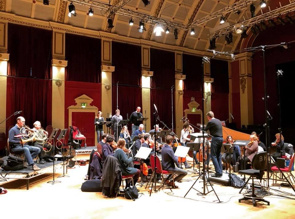 The Mozartists / Ian Page