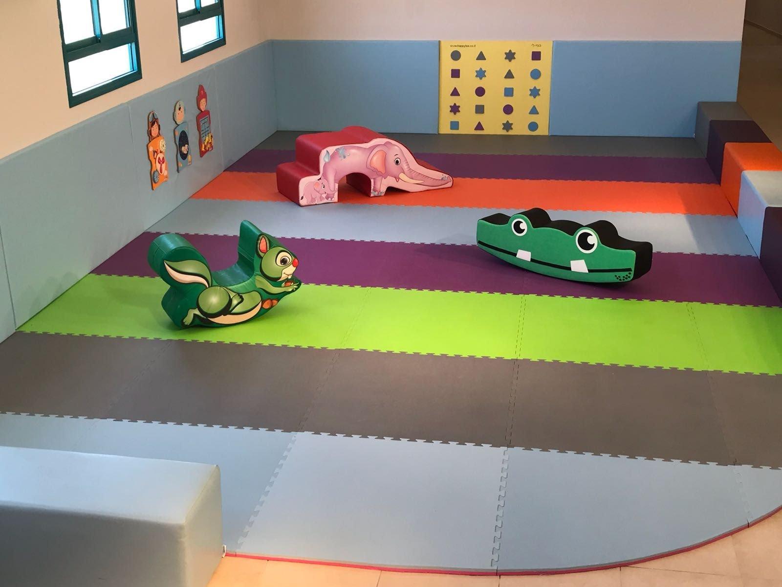 מודרניסטית ציוד ייחודי לגני ילדים - הפי לי - הקמה ושדרוג משחקיות לילדים | ג AY-69