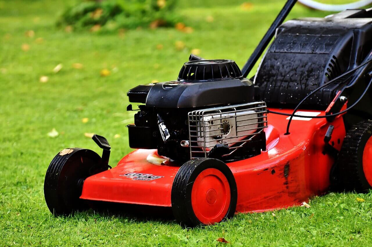 Why Lawn Mower Smokes