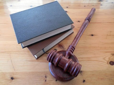 cover image of Holeman Mediation  law/3.jpg