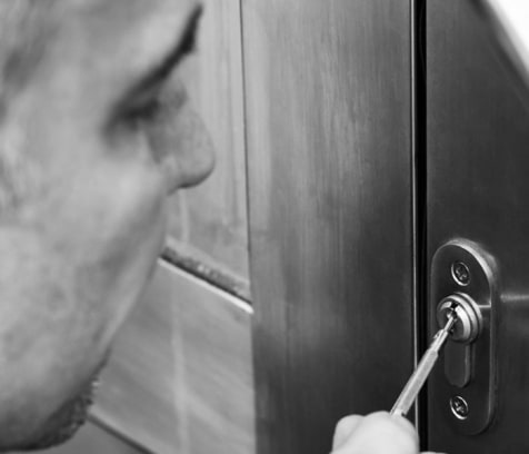 cover image of 24 Hour Locksmith Pros  locksmiths/1.jpg