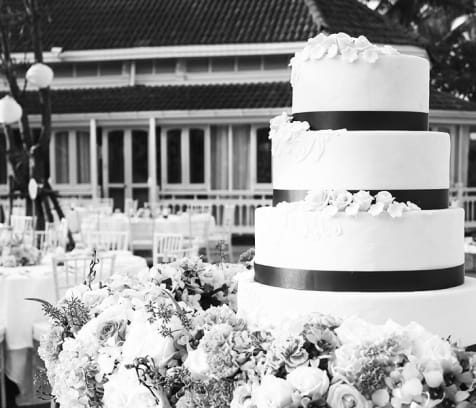 cover image of Bella Rosa Cake Boutique  wedding-cakes/2.jpg