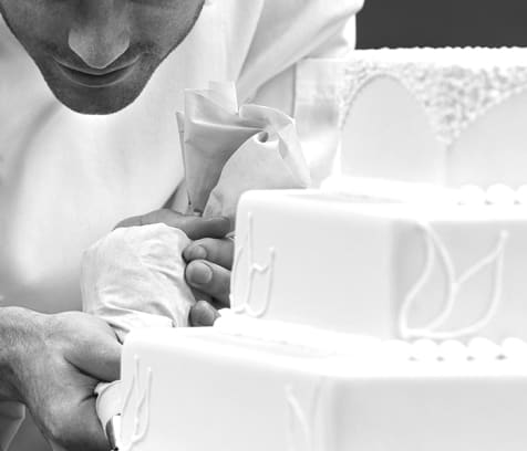 cover image of Madison's on Main  wedding-cakes/4.jpg
