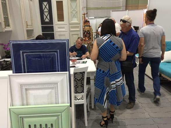 Фото с выставки «Крым. Мебель. Интерьер – 2019»