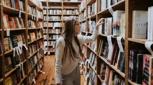 9 Wonderful Works of Literary Fiction