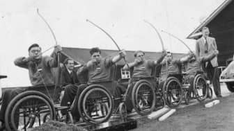 Sixteen recovering veteran patients of the Stoke Mandeville Hospital took part in an archery competition.