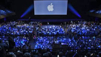 During the Apple Worldwide Developers Conference in June 2011, the OS X version of the game received an award.