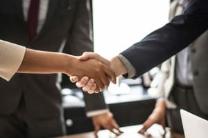cover : LuxTrust et fair&smart signent un partenariat stratégique