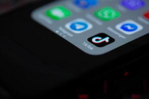 cover : TikTok accepte de payer 92 millions de dollars pour régler un contentieux sur la confidentialité