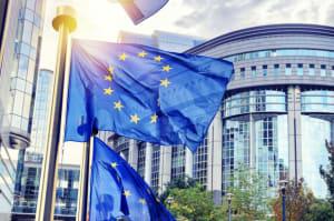 cover : La Cnil européenne pose les conditions à respecter pour transférer des données en dehors de l'UE