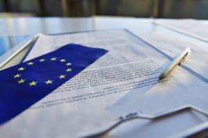 cover : La Cnil européenne exhorte les institutions à ne plus transférer de données vers les Etats-Unis