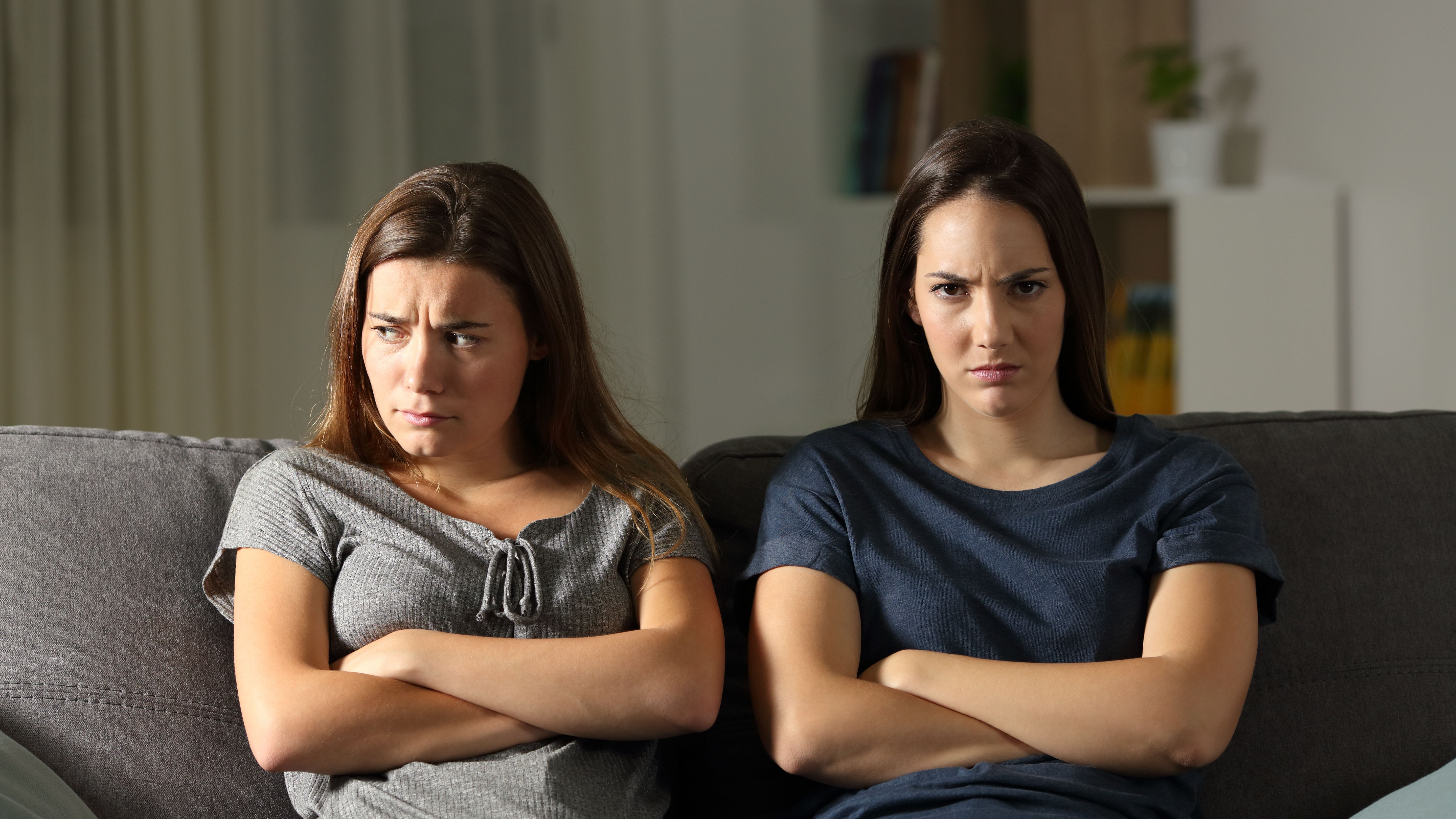 Toxic Friends? Not-So-Obvious Signs You Have an Unhealthy