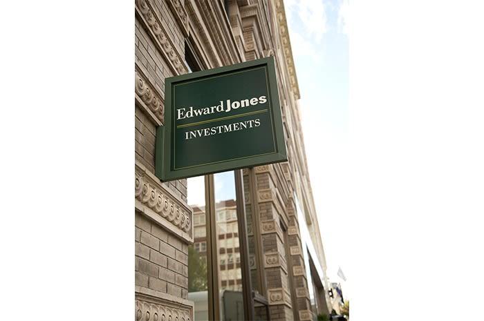 Edward Jones EJ3.png