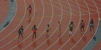 Women on a racetrack