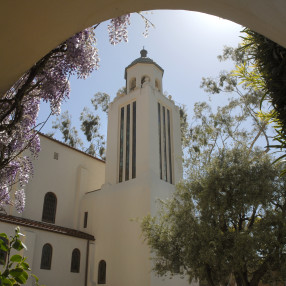 Laguna Presbyterian Church in Laguna Beach,CA 92651-2330