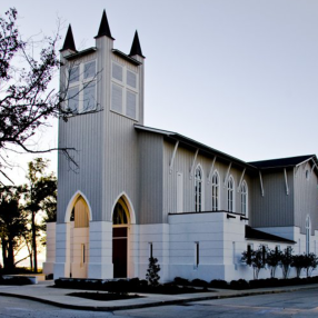 St. Peter's-by-the-Sea Episcopal Church in Gulfport,MS 39501