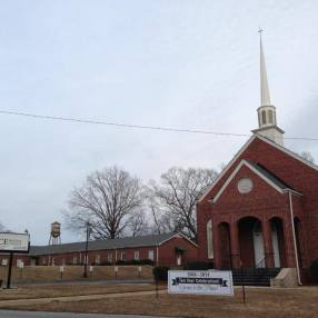 Grace Baptist Church in Monroe,GA 30655
