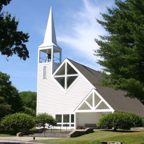 Round Hill Community Church