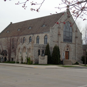 St. James Episcopal Church in Manitowoc,WI 54220