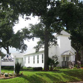 Hyde Park Presbyterian Church in Austin,TX 78751-4514