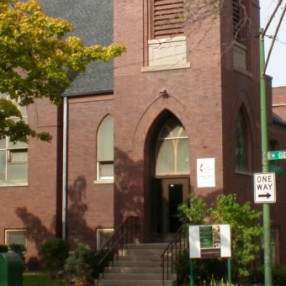 Berry United Methodist Church in Chicago,IL 60625