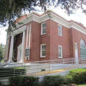First Presbyterian Church of Umatilla, Florida